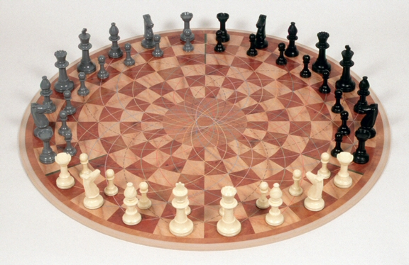 Three-player chess game invented