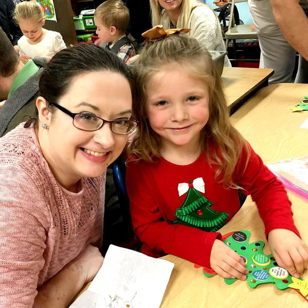 Christmas craft time with mommy